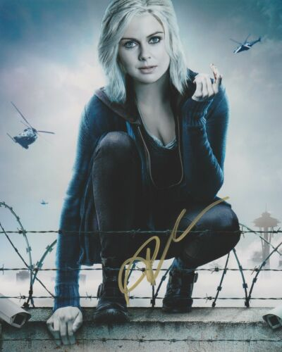 Rose McIver iZombie Autographed Signed 8x10 Photo COA EE351