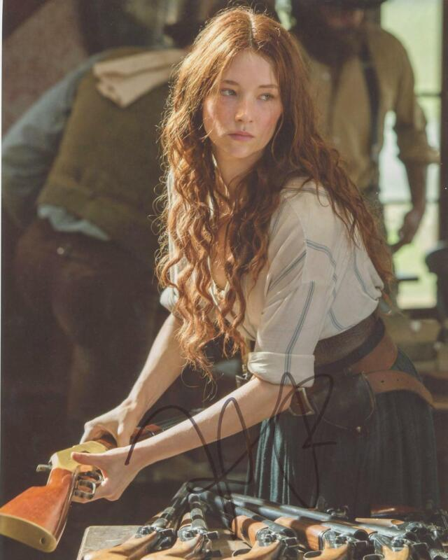 "Haley Bennett ""Magnificent Seven"" AUTOGRAPH Signed 8x10 Photo"