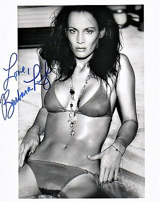 OFFICIAL WEBSITE Barbara Leigh VAMPIRELLA Playboy 8x10 Glossy Photo AUTOGRAPHED