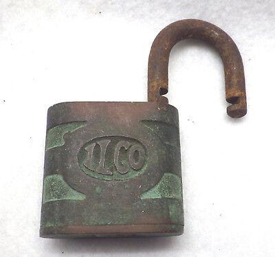 - Vintage ILCO Independent Lock Co Padlock (No Key) Item C510