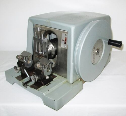 American Optical A.O. 820 Microtome W/ Blade Holder Specimen Clamp - Works Well