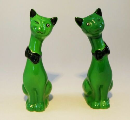 Vintage Siamese Cats Salt and Pepper Shakers Green Ceramic