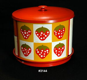 Vintage-Canister-Set-that-screams-Mid-Century-Retro-on-a-Lazy-Susan-81-2-h-10-w
