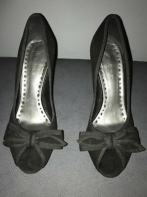 BCBGirls - Black Suede Open Toe w/ Bow Stilettos Heels Pumps - Size 7.5 Bcbgirls Open Toe Pumps