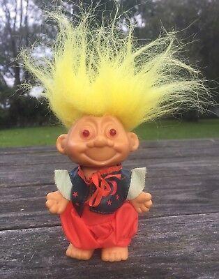 "Troll Halloween Wizard Gypsy Eyes Flash-Laughs-Says A Phrase-Yellow Hair 8""](Halloween Phrases Sayings)"