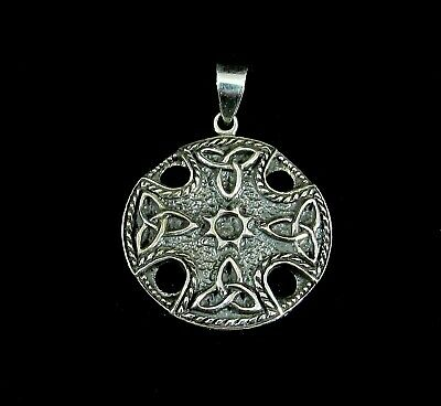 Handcrafted Solid 925 Sterling Silver Celtic Trinity Knot IRON CROSS Pendant   ()