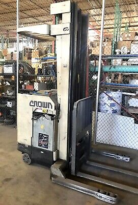 Crown Stand-in Forklift Triple Mast Side Shift 40r- Stt Electric 4000 Lbs