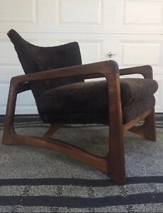 On HOLD Original Adrian Pearsall lounger & crescent ottoman