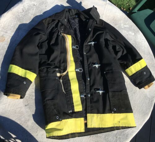 Firefighter Lion Apparel Janesville Turnout Coat BLACK