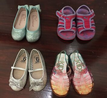 Toddler girl's shoes
