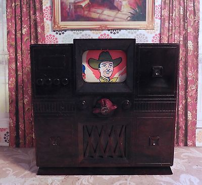 Ideal TELEVISION W/ ROTATING SCREEN Vintage Renwal Dollhouse Furniture Plastic
