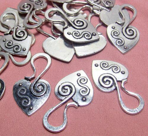 SILVER PENDANTS-FUNKY UNIQUE HEARTS-ROMANCE-LOVE-25 PCS-MODERN ARTIST DESIGN