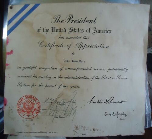 PUERTO RICO GOVERNOR REXFORD G. TUGWELL BOLD SIGNATURE ON DOCUMENT 1942