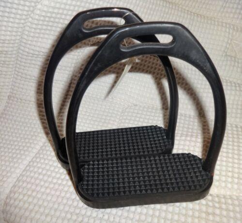 "D-TECH Black Steel Stirrups - 4 3/4"" - Black Steel & Pads -NEW! English/Dressage"