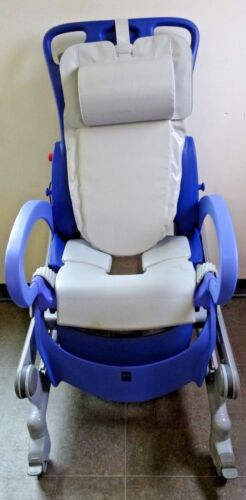 Shower Chair - ArjoHuntleigh Roll In