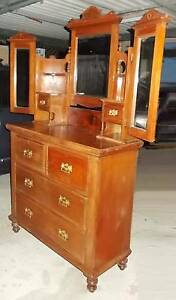 Kauri Pine Dressing Table With Wing Mirrors Gorgeous VGC Allambie Heights Manly Area Preview