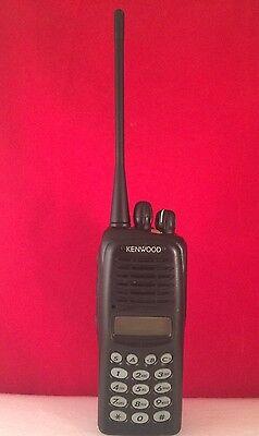 Kenwood Tk-3180 K4 Portable Two Way Radio Uhf 400 - 470 Mhz
