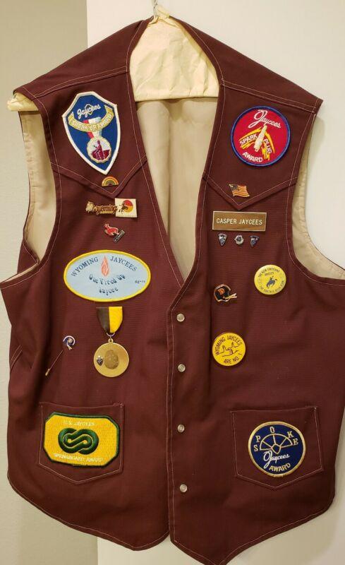 Vintage Casper Wyoming Jaycees Vest w Pins & Patches