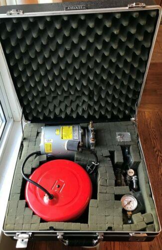 Gast Vacuum Pump 0211-103A-G8CX With Case