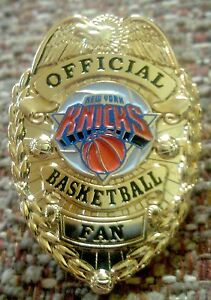 NEW-YORK-KNICKS-OFFICIAL-BASKETBALL-FAN-BADGE-PIN