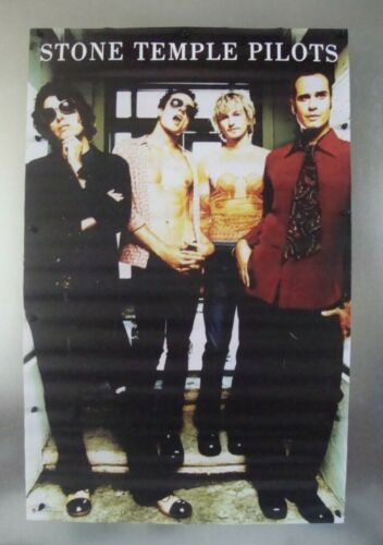 """Stone Temple Pilots Vintage Music Poster 2000 22.5""""W x 34.5""""H Used Pre-Owned"""