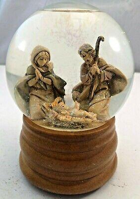 Music Box Snow Globe Holy Family Nativity Plays O HOLY NIGHT Glitterdome Vintage