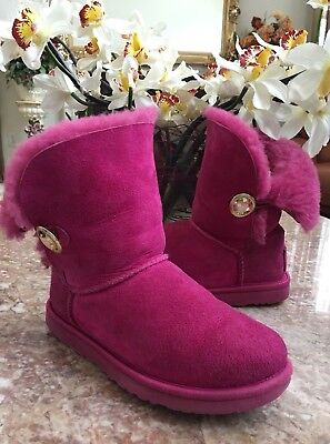 UGGS RARE BAILEY BUTTON BLING HOT PINK SIZE 5 BOOTS Swarovski Crystals EUC, $220](Hot Pink Ugg Boots)
