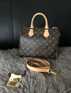 badaea636ed5 Authentic Louis Vuitton Speedy 25 Bandolier Strap Included