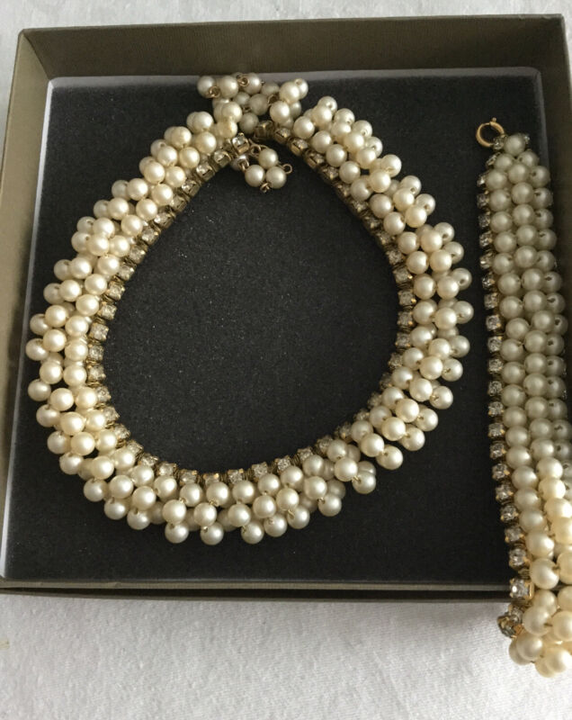 Vintage Post War Necklace And Bracelet Pearl And Rhinestone 3D Collar GERMANY.