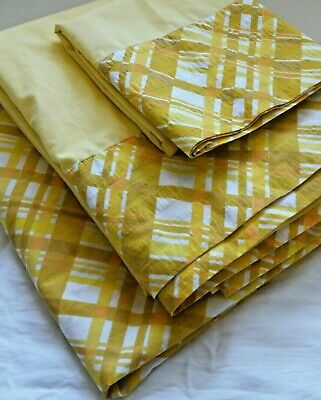 - Vintage Retro 70s Yellow Golden Rod Plaid 3 pc TWIN Sheet Set Flat Fitted 1 Case