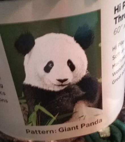 PANDA PLUSH BLANKET - WARM FUZZY SOFT 60 X 80 NEW