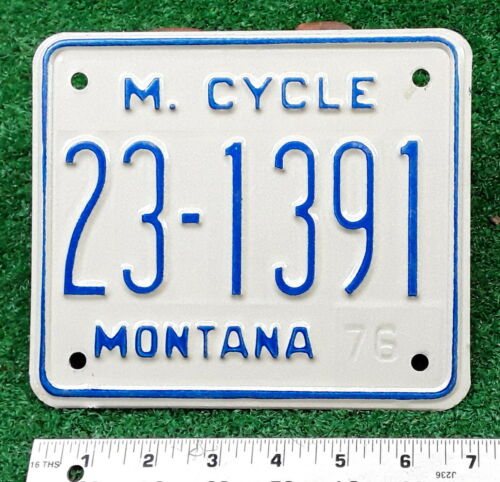 MONTANA - 1976 motorcycle license plate - nice example, from Musselshell County