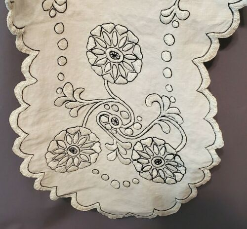 Antique Linen Table Arts & Crafts Hand Embroidered Runner Cream/Black 52x14