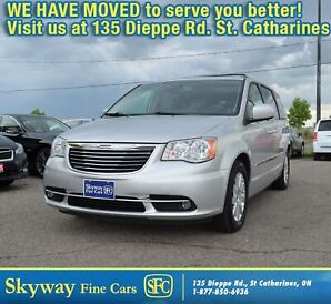 2012 Chrysler Town & Country TOURING  NAVI | SUNROOF | POWER DOORS