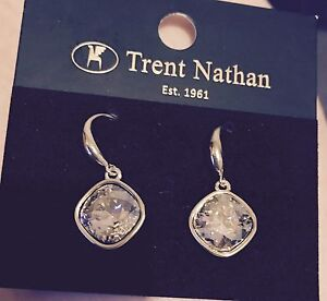 Trent Nathan ear rings an necklace Windale Lake Macquarie Area Preview