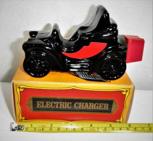 """VINTAGE AVON """"ELECTRIC CHARGER"""" SPICY AFTER SHAVE DECANTER (EMPTY) WITH ORIG BOX"""