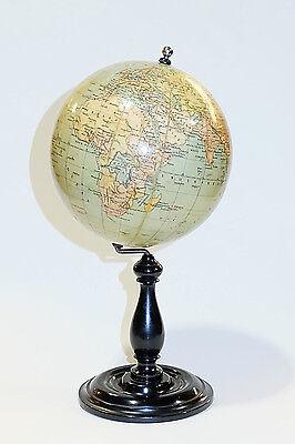 1925c Finísimo Globo terraqueo Reimer 15cm. Fine Terrestrial globe Pretty size