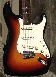Fender Stratocaster '62 Reissue CIJ Sunburst