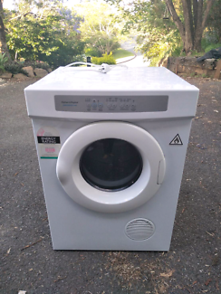 Fisher & Paykel dryer 5.0kg.Works well.Very good condition