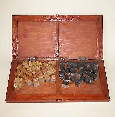 schönes altes kleines Schachspiel Holz Handarbeit