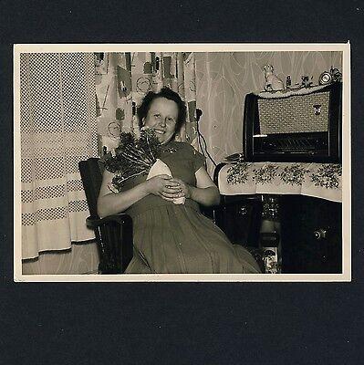 German RADIO SET / RADIOAPPARAT * Vintage 50s Private Photo