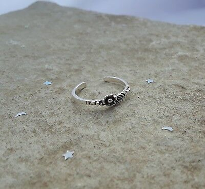 Toe Ring, Sterling Silver Rose with Leaves Toe Ring, Dainty Toe Ring