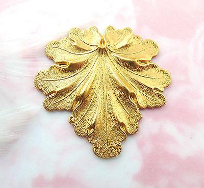 Brass Woodland Leaf - BRASS Woodland LEAF Stamping ~ Jewelry Finding (FB-6037-814)
