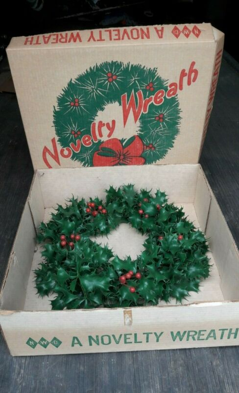 Vintage Plastic Christmas Wreath by  NWC A Novelty Wreath 50s