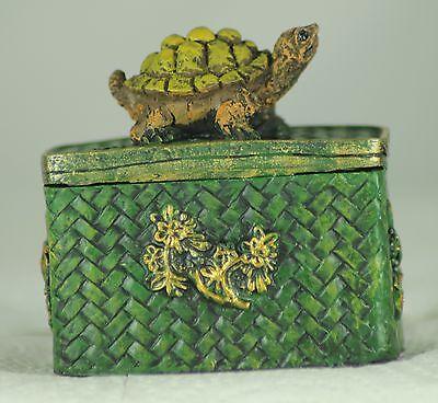 TORTOISE TRINKET BOX Green Basket Effect and TORTOISE Decoration. PRESENT - GIFT