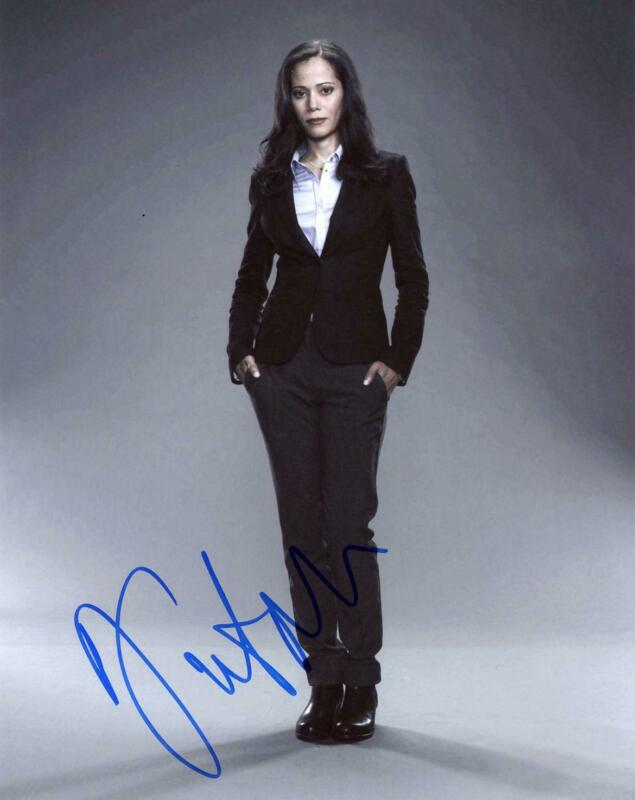 "Victoria Cartagena ""Gotham"" AUTOGRAPH Signed 8x10 Photo C"