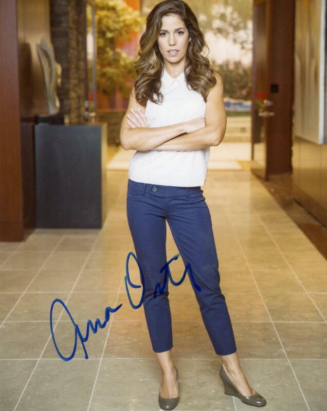 "Ana Ortiz ""Devious Maids"" AUTOGRAPH Signed 8x10 Photo ACOA"