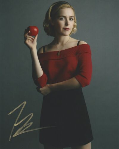 Kiernan Shipka Chilling Adventures Sabrina Autographed Signed 8x10 Photo COA D4