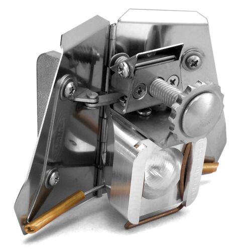 """CanAm Tool 3"""" Adjustable Drywall Corner Flusher for Drywall Finishing & Taping"""