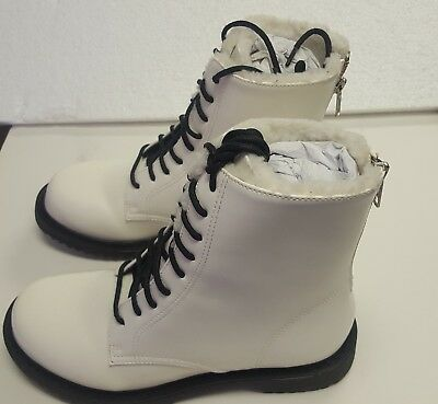 Shellys London Chelsea Leather Booth - Kartes, White, US Size 6 - White Gogo Boots Size 6